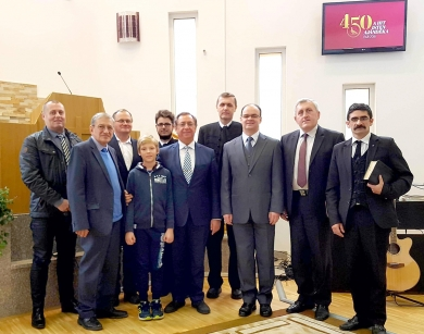 A történészek a tordai gyülekezetben