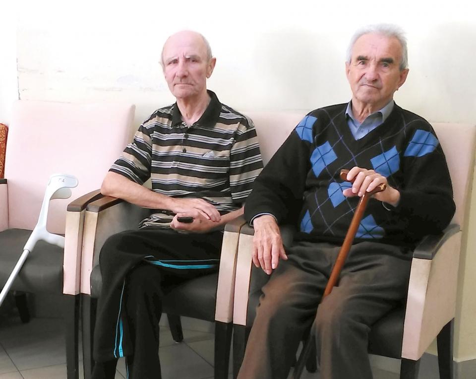 Az idős lakók